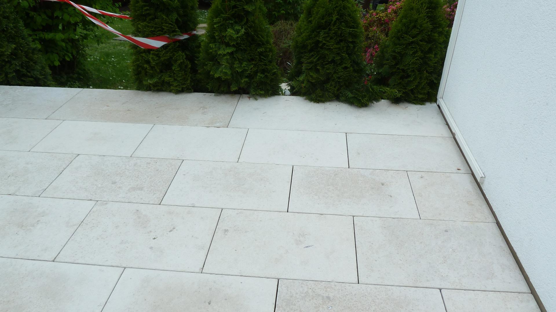 Dietfurter Kalkstein terrassen aus naturstein betonwerkstein keramik granit kalkstein
