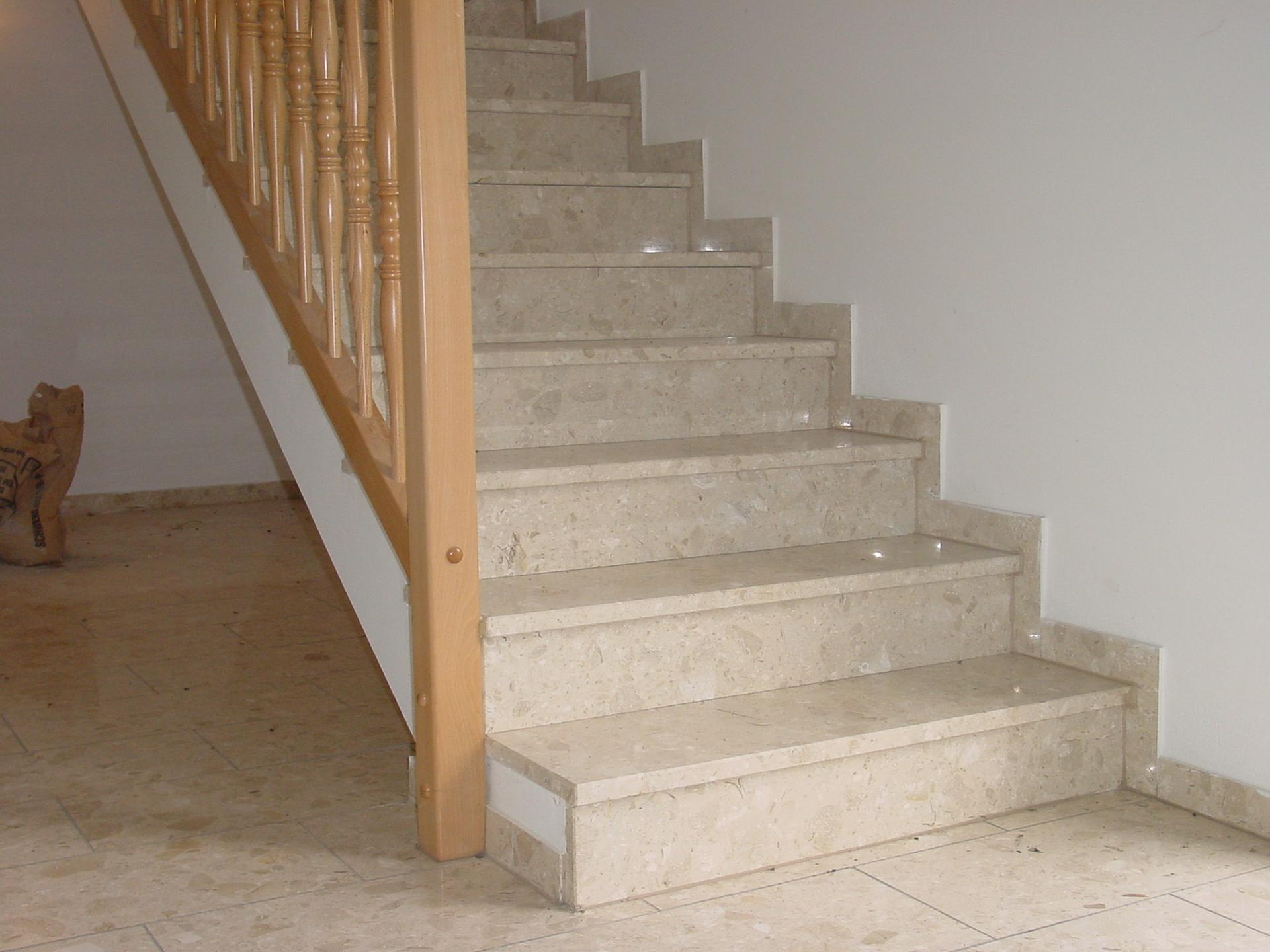 informationen rund um kunststein und agglo marmor wagner treppenbau mainleus. Black Bedroom Furniture Sets. Home Design Ideas
