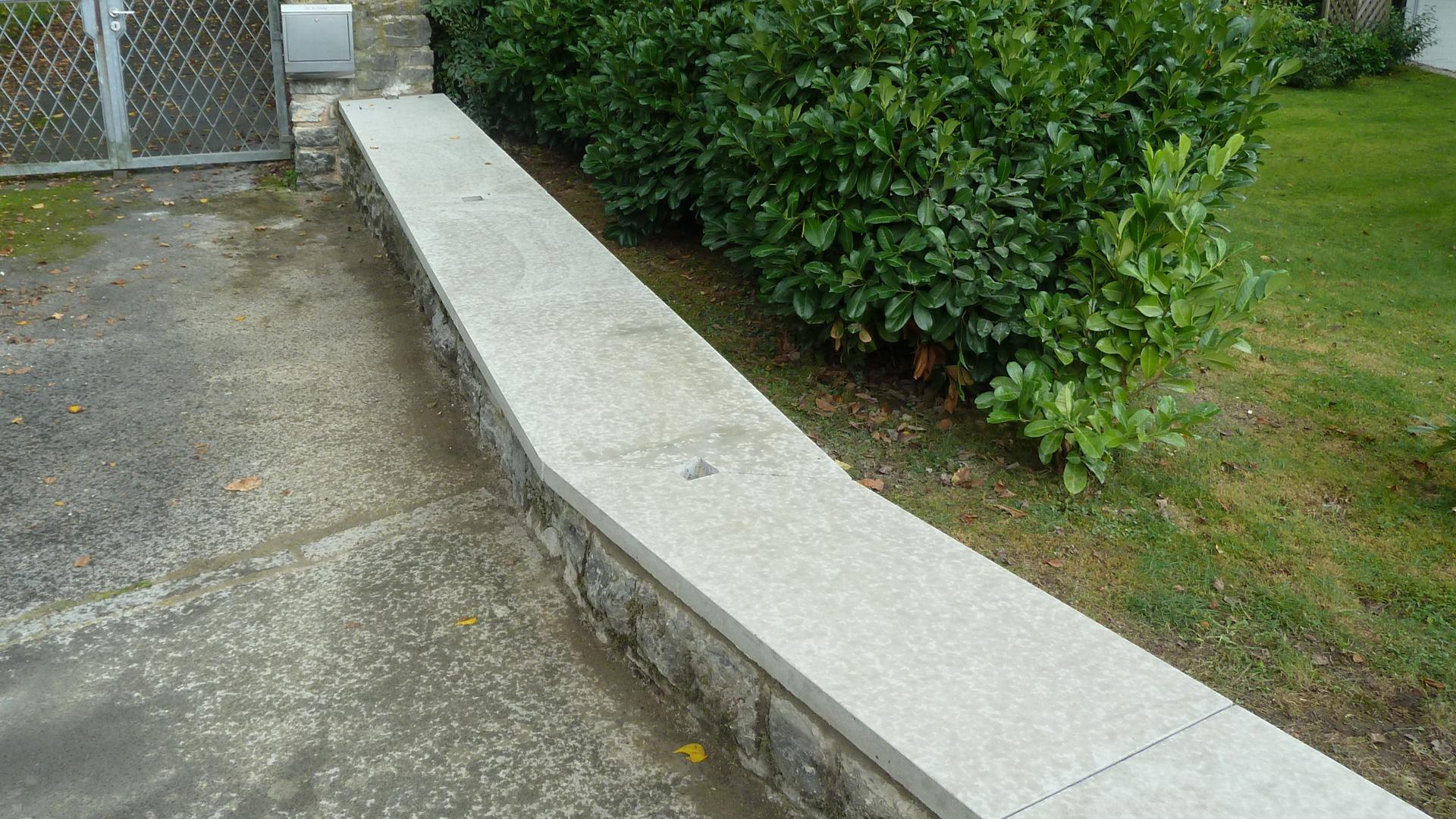 Abdeckplatten Aus Granit Beton Waschbeton Betonwerkstein Und