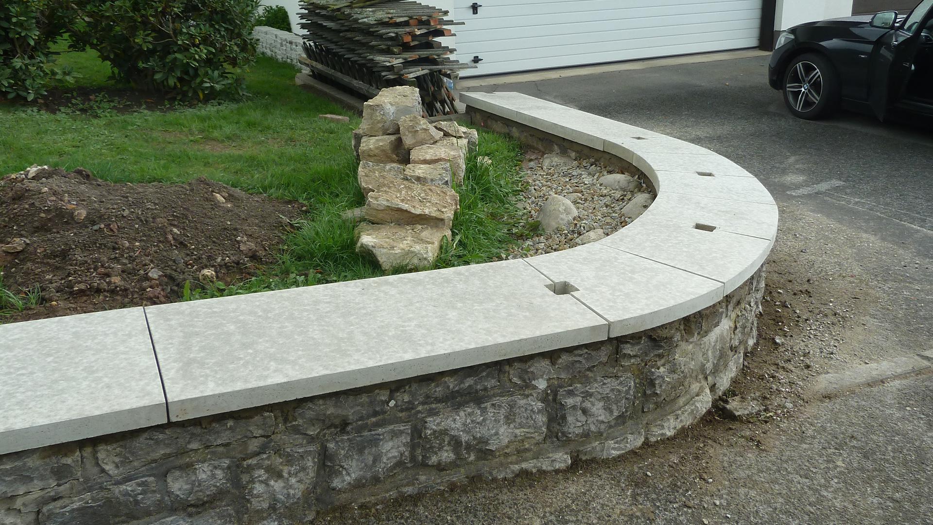 Abdeckplatten aus granit beton waschbeton betonwerkstein und kalkstein wagner treppenbau - Billardtisch aus beton oeffentlichen bereich ...