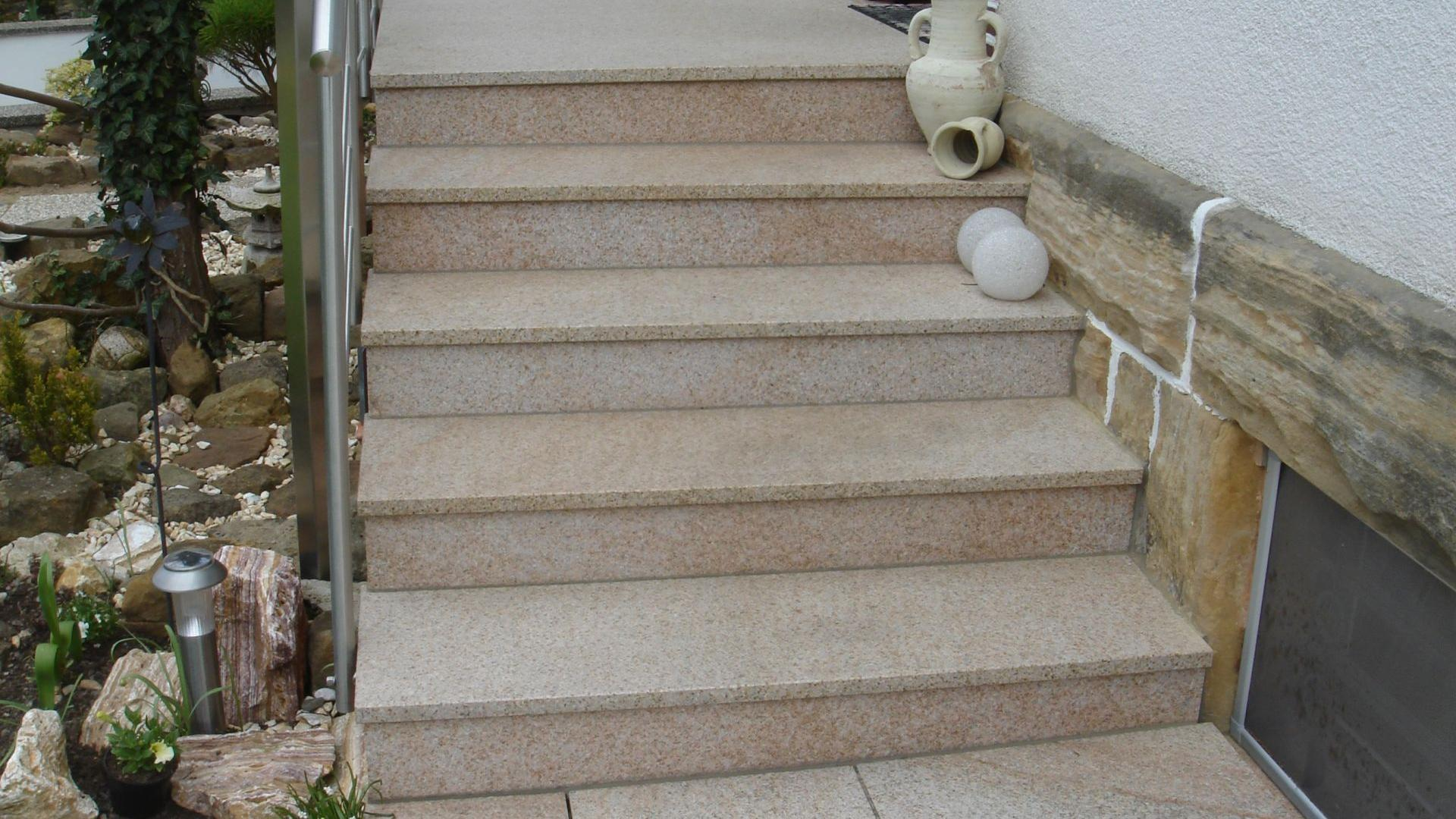 au entreppe aus granit beton naturstein waschbeton wagner treppenbau mainleus. Black Bedroom Furniture Sets. Home Design Ideas