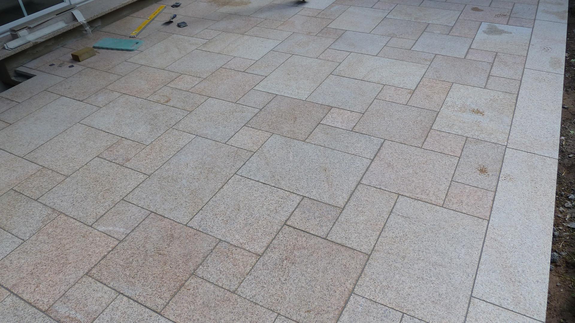 Terrassen Aus Naturstein Betonwerkstein Keramik Granit Kalkstein